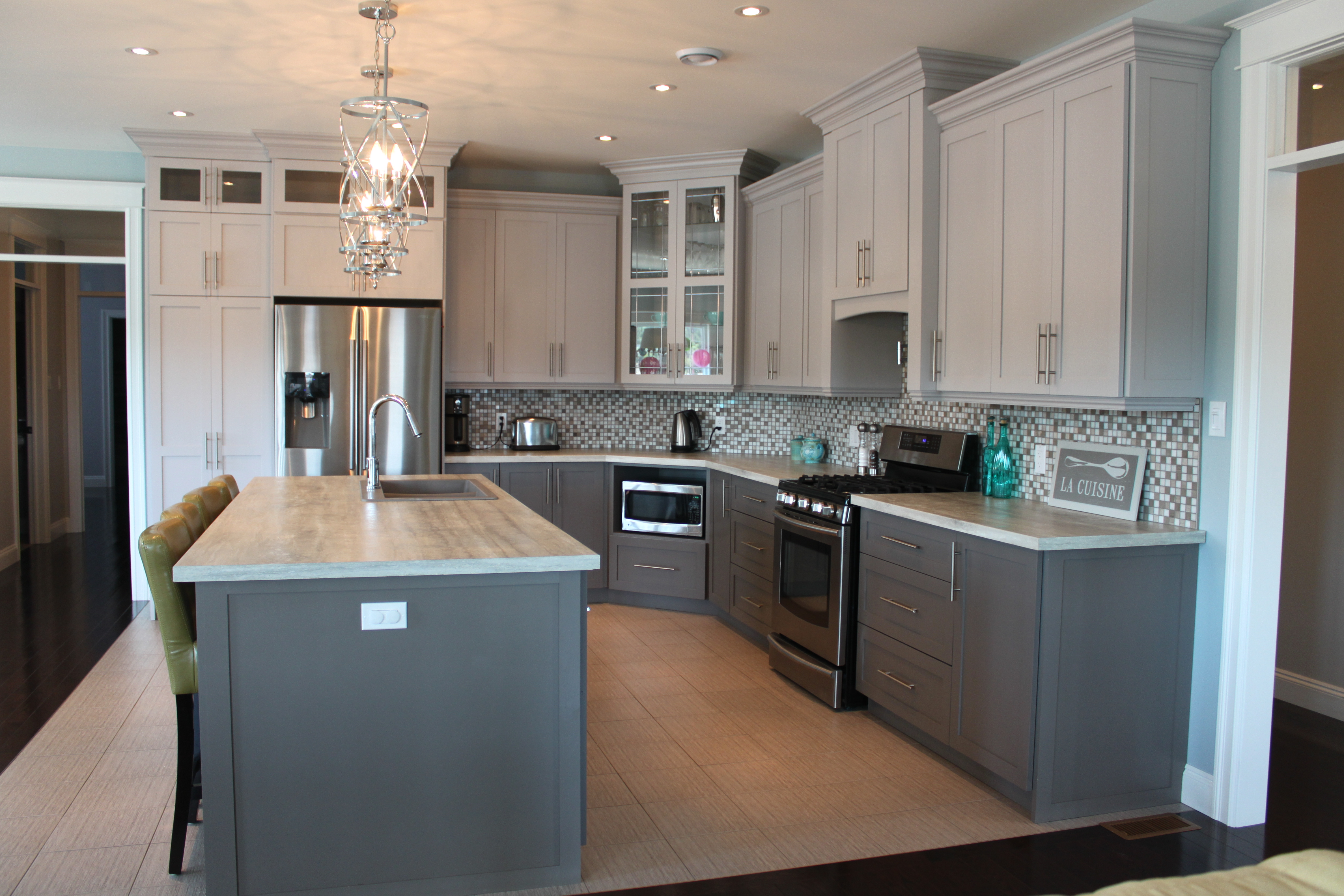 Painted Two Tone Kitchen - Signature Kitchens and Baths